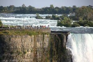 niagara-falls-1044573_1280